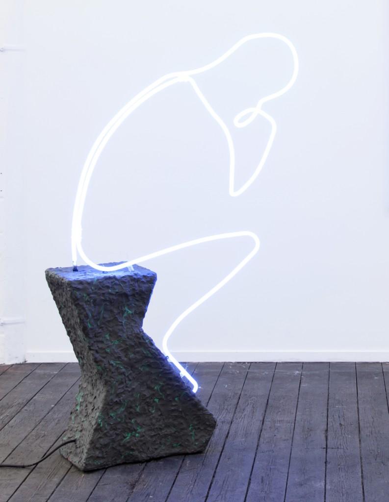 Der Denker, 2015, Neon, plastilin, 140 x 80 x 40 cm