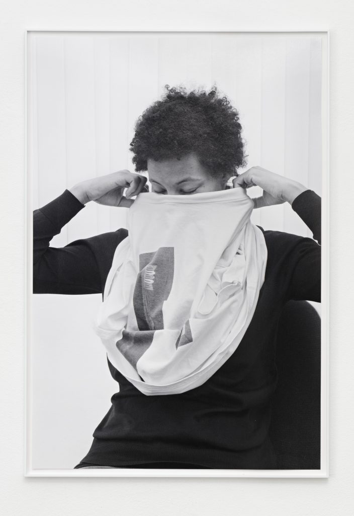 Andrzej Steinbach FIGUR II, 2015 B/w photograph 90 x 60 cm Image: Courtesy Galerie Conradi, Hamburg and Gillmeier Rech, Berlin