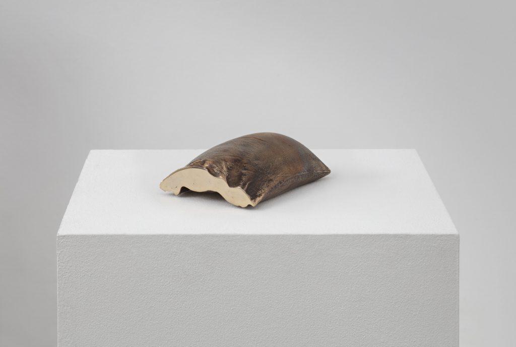 Marie Lund  Hand Full 2014  bronze 14 x 11 x 5 cm